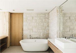 Diy Reglaze Bathtub Di Vs Professional Bathtub Shower Refinishing