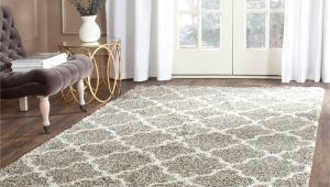 Dog Friendly Rugs Uk Safavieh Hudson Quatrefoil Shag Grey Ivory Rug 7 Square Sgh282b
