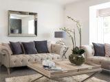 Furniture Stores In Terre Haute Interior Stylist Suzanne Webster Chose A Classic Cream Chesterfield