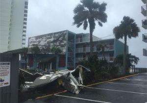 Garden City Inn Wind From Irma Blows Roofing Off Of Garden City Inn Wtvc