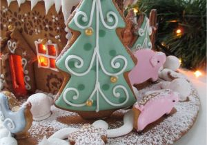 gingerbread house theme decorations 51 gingerbread christmas decorations christmas decoration ideas - Gingerbread Christmas Decorations
