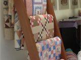 How to Build A Wall Mounted Quilt Rack Https S Media Cache Ak0 Pinimg Com originals E6 46 59