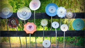 How to Make Flower Plate Garden Art Spittin toad Garden Art From Up Cycled Dishes