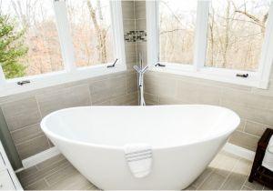 Is Bathtubs Large soaking Tub Makes A Eback