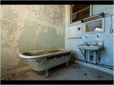 "Is Bathtubs soaking ""the Bath Game"" [ritualpasta Horror]"