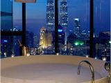 Jacuzzi Bathtub Bubble Bath to Da Loos Tub with A View and Strawberry Chocolate Fondue
