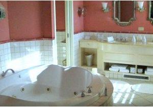 Jacuzzi Bathtub toronto Tario Hot Tub Suites Hotel Rooms with Private