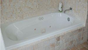 Lowes American Standard Bathtub Bathroom Choose Your Best Standard Bathtub Size and Type