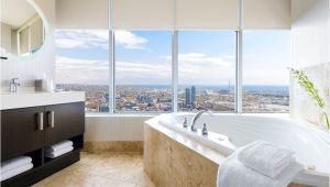 Luxury Bathtubs Canada the Bubbliest Private Jacuzzi Rooms Across Canada
