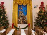 Mr Christmas Light Show Melania Trump Unveils White House Christmas Decor Reigniting Lies