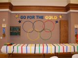 Olympic themed Office Decorations Go for the Gold Olympic themed Blue and Gold Banquet Neat Ideas