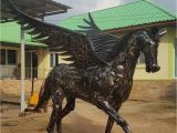 Recycled Metal Sculptures Garden Art Pegasus Statue Sculpture Life Size Scrap Metal Art Hurda Metal