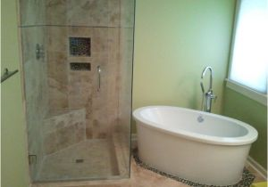 Stand Alone soaking Bathtubs Shower and Stand Alone Tub