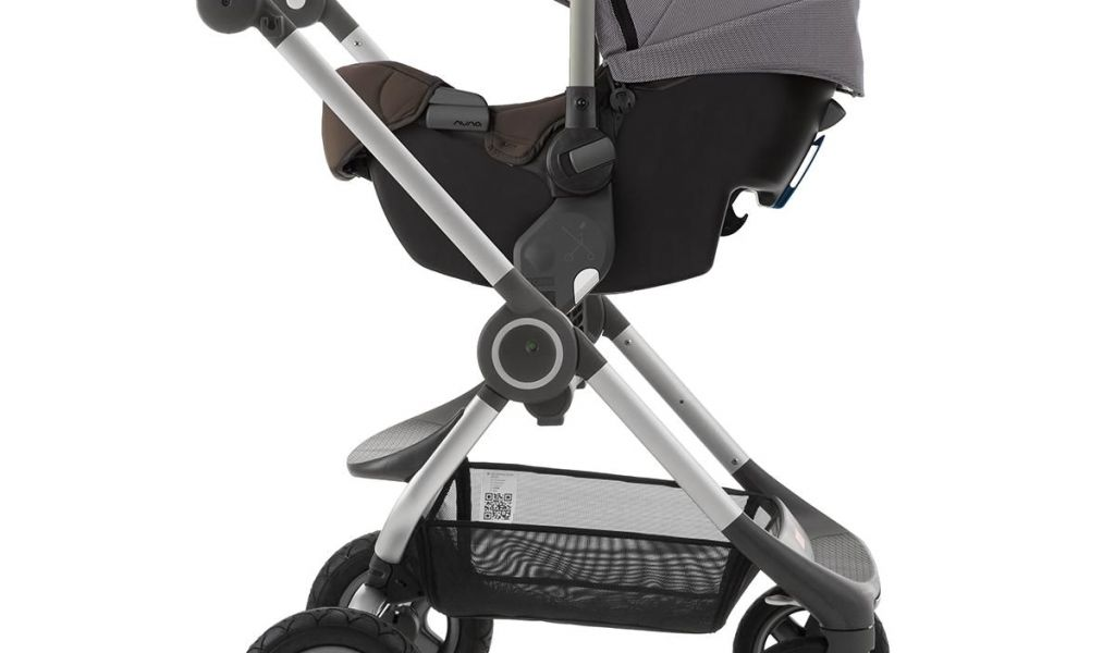 Stokke Scoot Chair With Nuna Pipa Infant Car Seat You