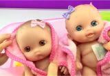Twin Baby Bathtub Twin Babies Baby Dolls Lil Cutesies Doll Taking Bath Using