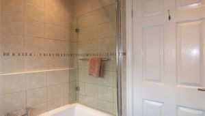 Uk Bathrooms Morecambe 6 Winthorpe Avenue Westgate Morecambe La4 4re Hayley