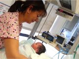 When Stop Using Baby Bathtub New Born Baby S First Bath