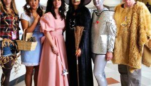 Wizard Of Oz Halloween Decoration Ideas Wizard Of Oz Halloween Group Costume Teachers My Costumes