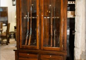 Wood Gun Cabinet With Etched Glass